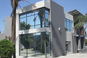 AFTER--silver-reflective-20%--78%-heat-reduction--83%-glare-reduction--99%-uv-reduction--100%-privacy-A