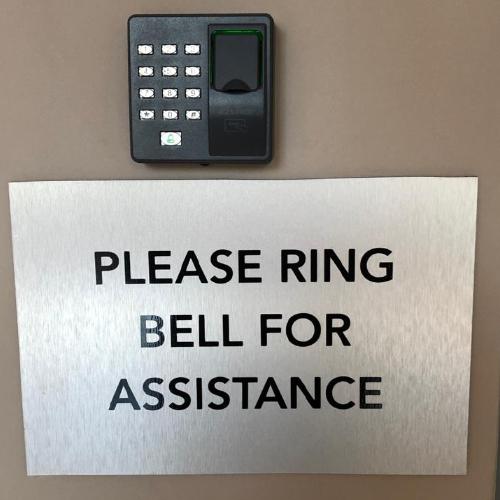 reception-signs-e